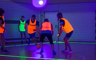 Blacklight-sport in Aktion