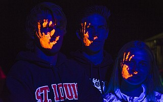 Blacklight 9